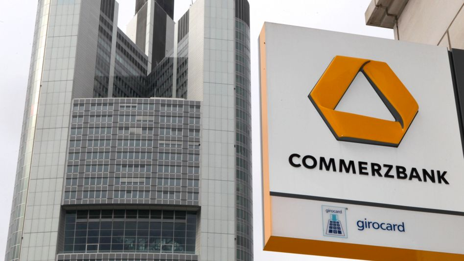 Commerzbank: Die Bezugsrechte für neue Commerzbank-Aktien werden inzwischen unabhängig von der Aktie gehandelt. Die Aktie war am Dienstag zeitweise weniger als 3 Euro wert