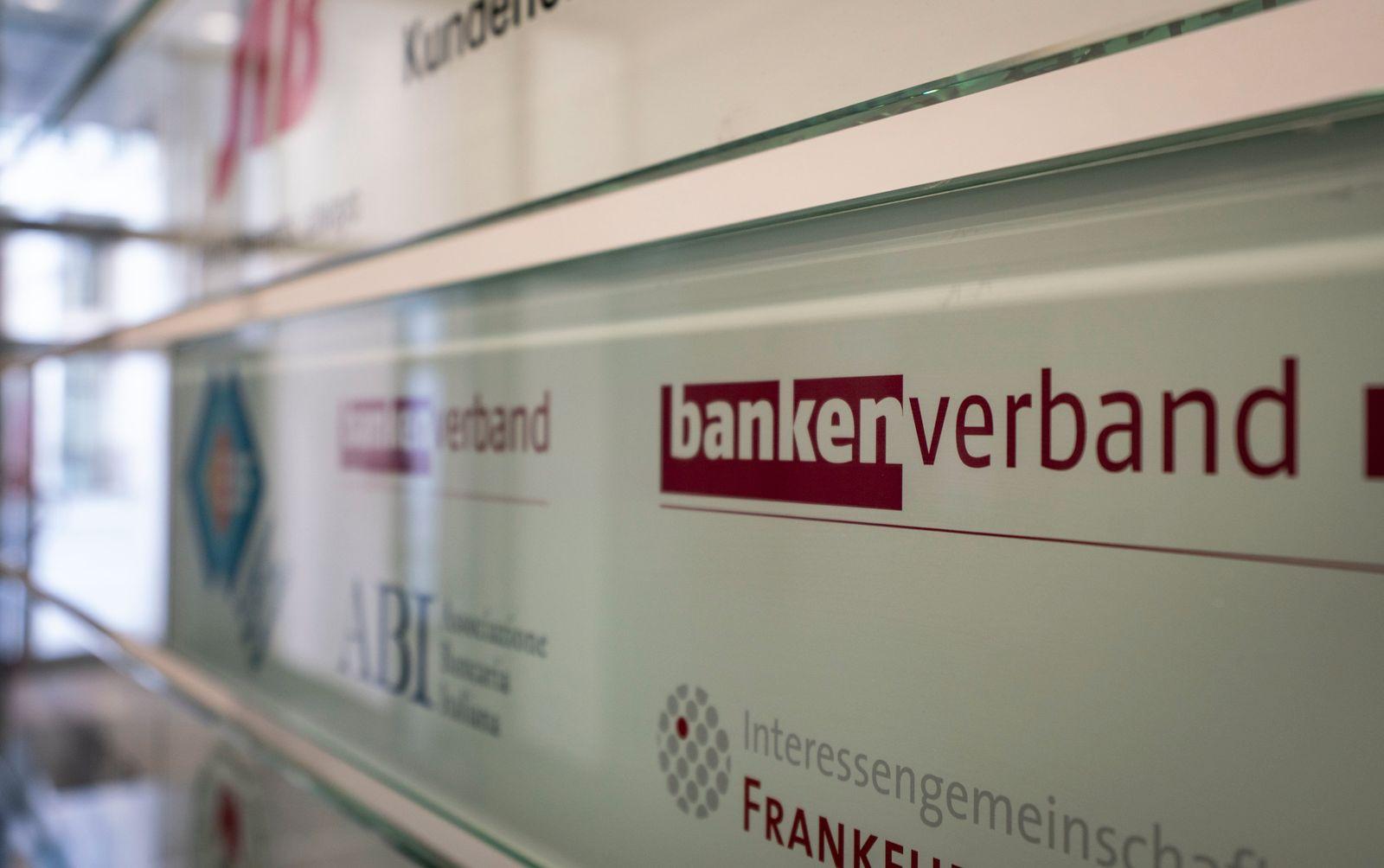 Cum-Ex-Durchsuchungen beim Bankenverband