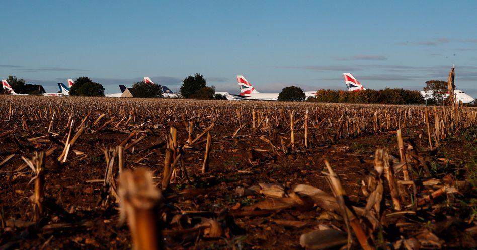 Stillgelegte Boeing-747-Jumbojets von British Airways auf dem Cotswold Airport in Kemble, England, Mitte Oktober