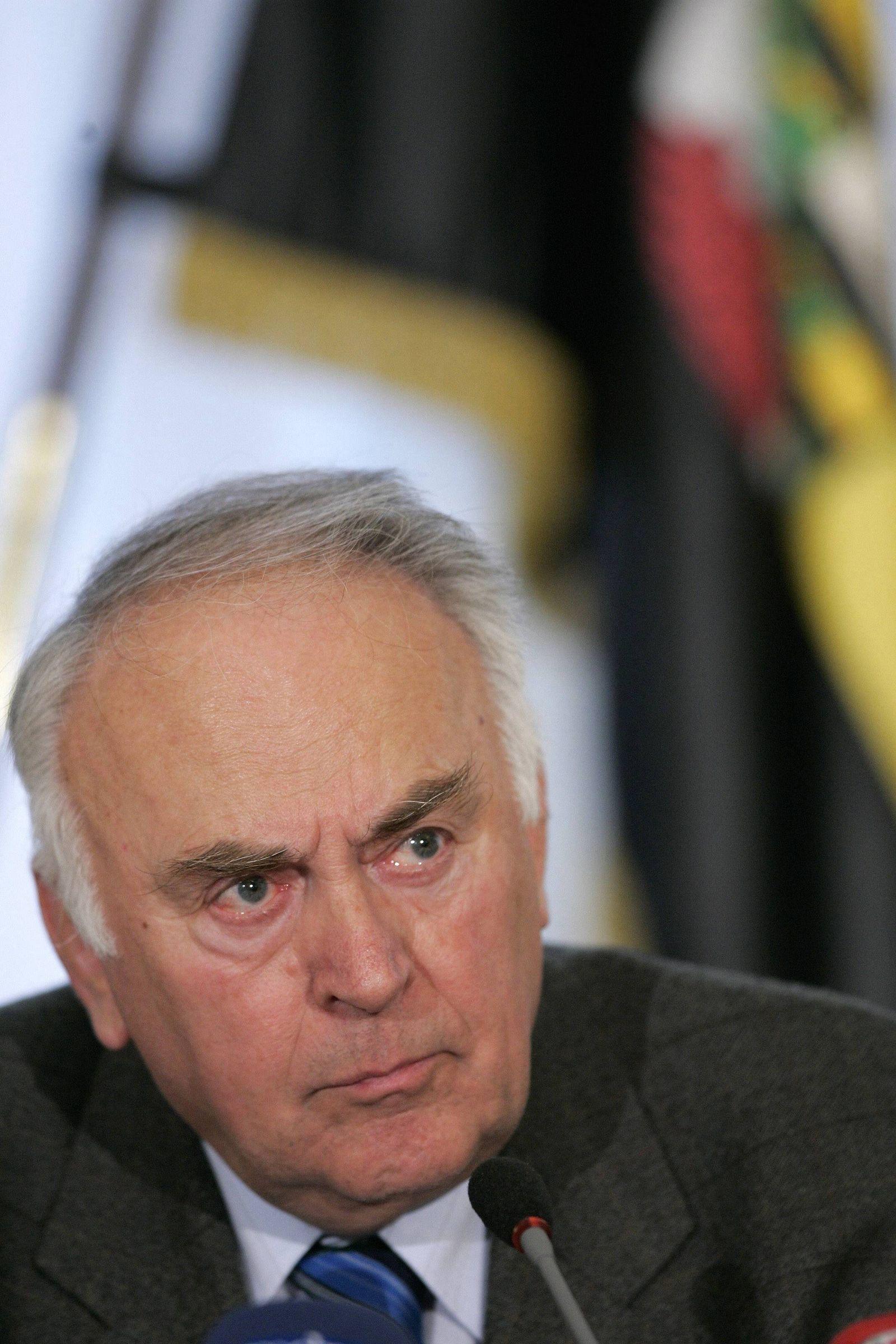 NICHT VERWENDEN Sachsen-Anhalts Ministerpraesident weitere gegen Steuersenkungen
