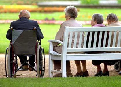 """""""Der Bund ist kein Arbeitgeber der Rentner"""": Senioren sollen die Krankenkassenbeiträge zu 100 Prozent übernehmen"""