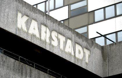 Verblasster Stolz: Ehemalige Karstadt-Filiale in Hamburg-Altona