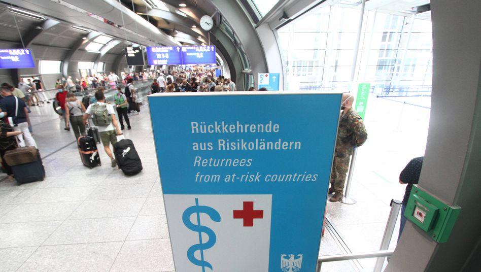 Zugang zu Corona-Testzentrum am Frankfurter Flughafen