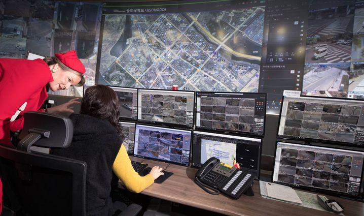 Überwachungszentrale von Songdo (bei Staatsbesuch der belgischen Königin Mathilde im März 2019)