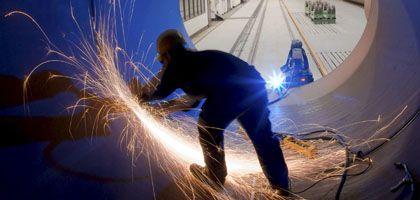 Abgeknickte Entwicklung: Deutschlands Wirtschaft zurückgeworfen
