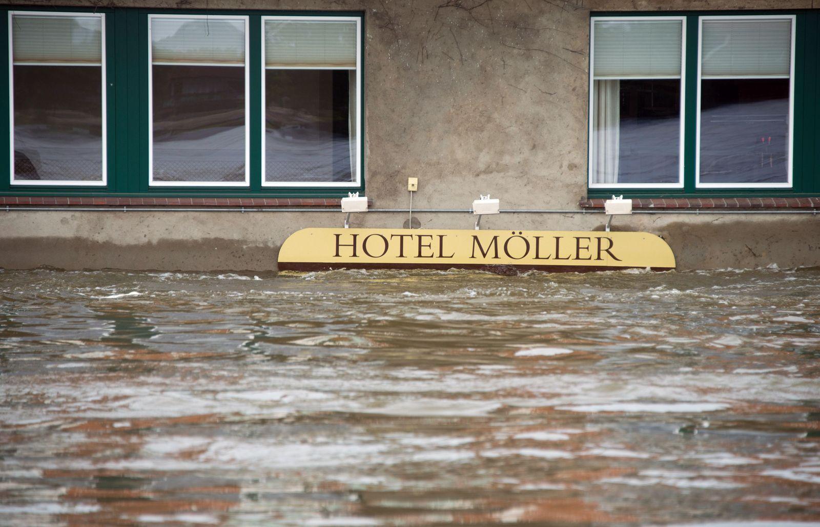 Hochwasser/ Lauenburg