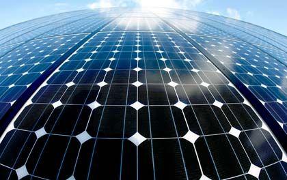 """Billigkonkurrenz aus Fernost: """"Manche Solarstromanbieter und Solaranlagenhersteller werden das wohl nicht überstehen"""" sagte Björn Klusmann"""