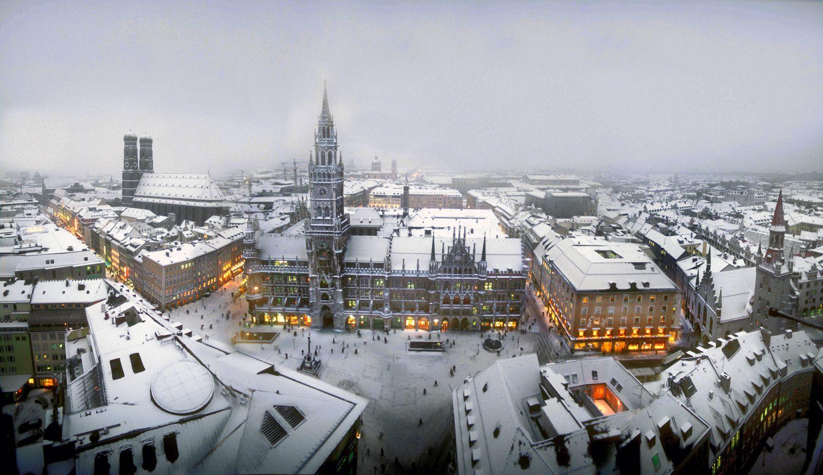 München, Stadtansicht, Innenstadt, Altstadt, Zentrum, City, Stadtzentrum, Skyline,Frauenkirche, Rathaus, Marienplatz, W