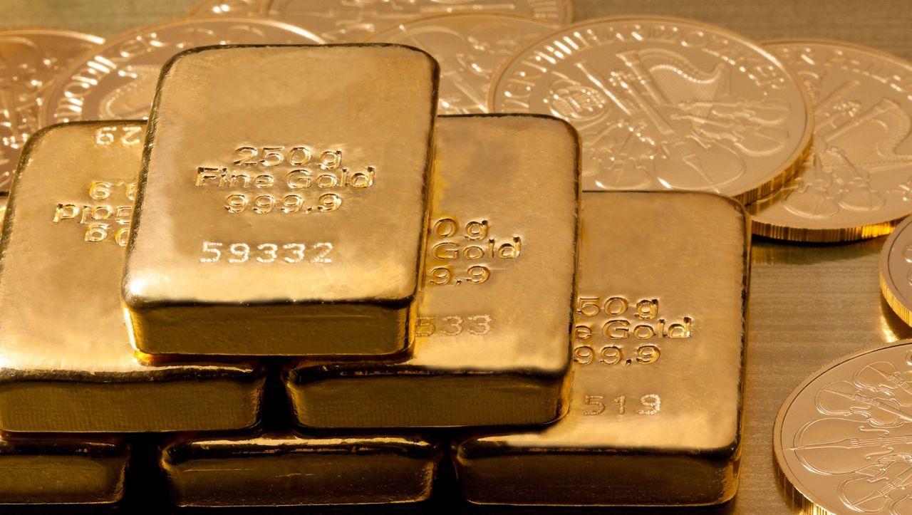 Goldpreis rutscht unter 1900 Dollar je Unze - manager magazin - Finanzen