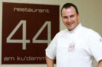 """Tim Raue (32), einst Anführer einer Straßengang in Kreuzberg und heute Chef des """"Restaurant 44"""" im Berliner """"Swissôtel"""", ist Koch des Jahres 2007."""