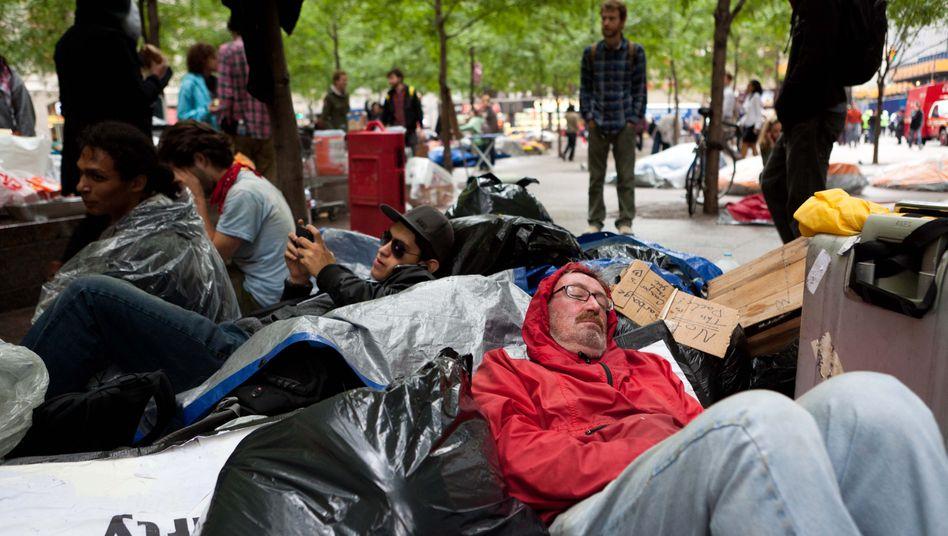 Hochdruckreiniger gegen Demonstranten: Occupy-Wall-Street-Bewegung im Fokus
