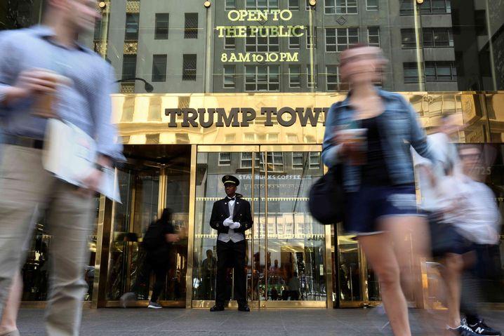 Eingang zum Trump Tower in New York