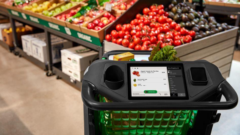 In Los Angeles will Amazon bald smarte Einkaufswagen einsetzen: Sie können Produkte erkennen und wiegen und damit die Kasse im Supermarkt überflüssig machen.