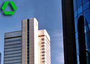 Sorgenkind aus Frankfurt: Die Dresdner Bank kommt nicht aus den Schlagzeilen