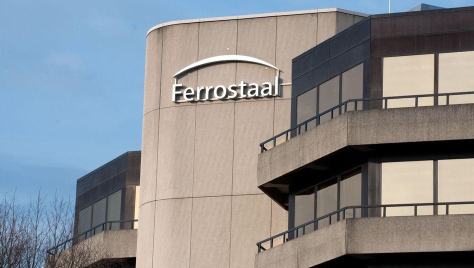 Die Firmenzentrale des Anlagenbauer Ferrostaal: Manager wegen Bestechung verurteilt