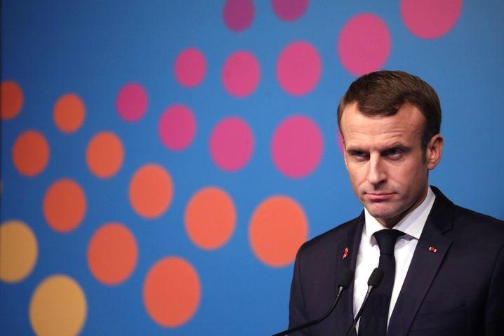 Emmanuel Macron: Der CO2-Ausstoß soll runter. Doch bislang stoßen die Vorschläge von Frankreichs Präsident auf massiven Widerstand