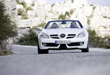 Neu geschminkte Frontpartie: Der Mercedes SLK nach dem Facelift