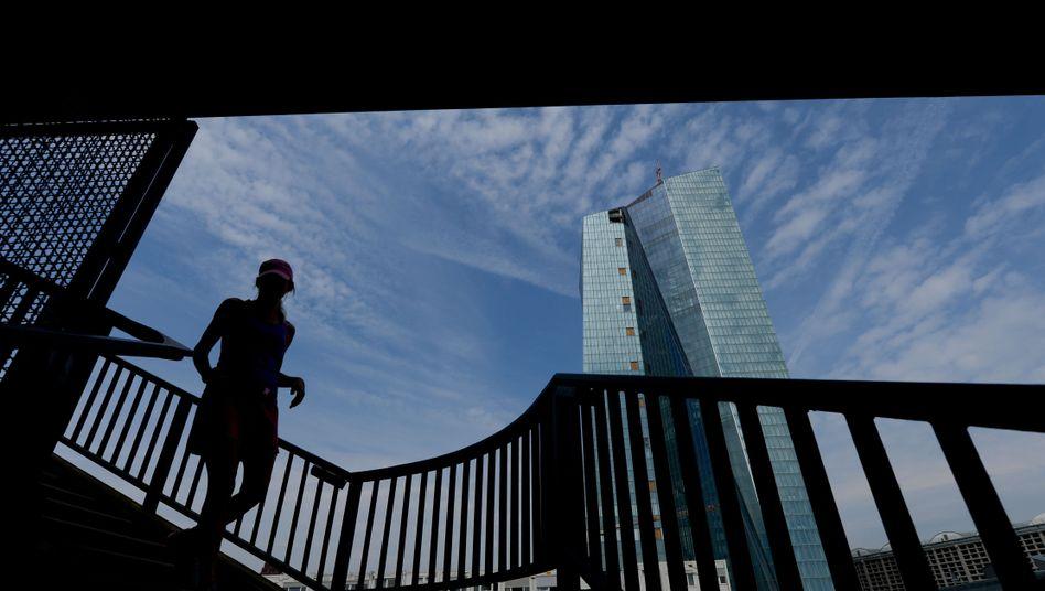 Neue EZB-Zentrale in Frankfurt: Wie groß wird das neue Anleihenkaufprogramm?