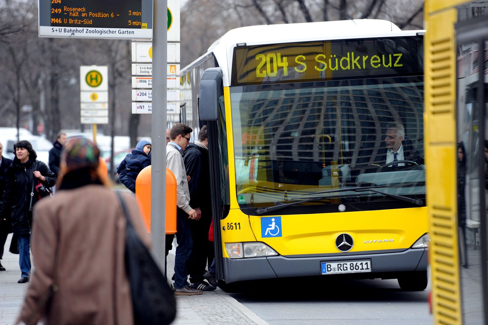 NUR FÜR SPAM Höhere Fahrpreise für Bus und Bahn