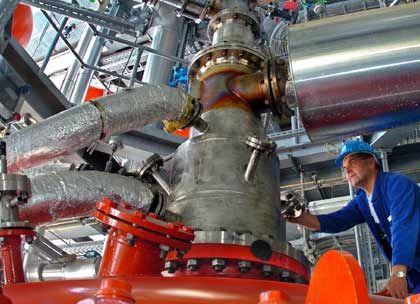 Bioethanol-Gewinnung: Bei Choren sind inzwischen Daimler und Volkswagen mit eingestiegen