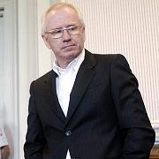 Freier Mann: Mobilcom-Gründer Gerhard Schmid ist in Kiel mit einer Bewährungsstrafe weggekommen