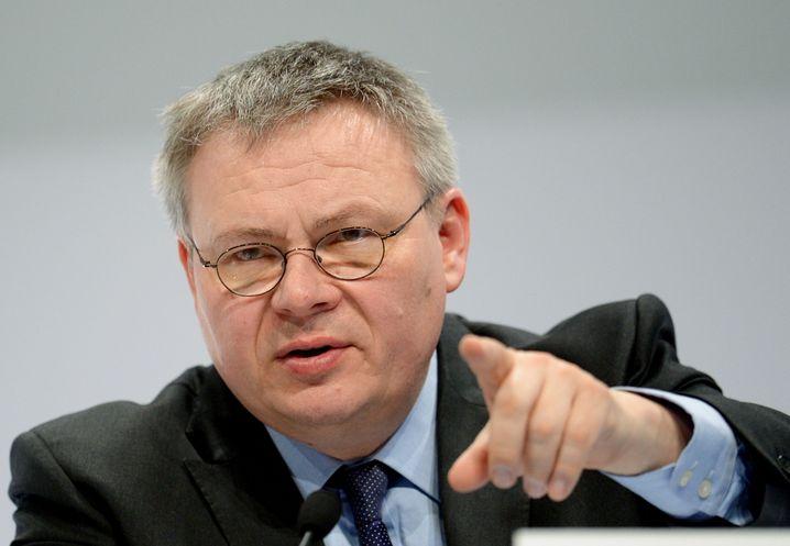 Jörg Howe, Sprecher des Automobilkonzerns Daimler