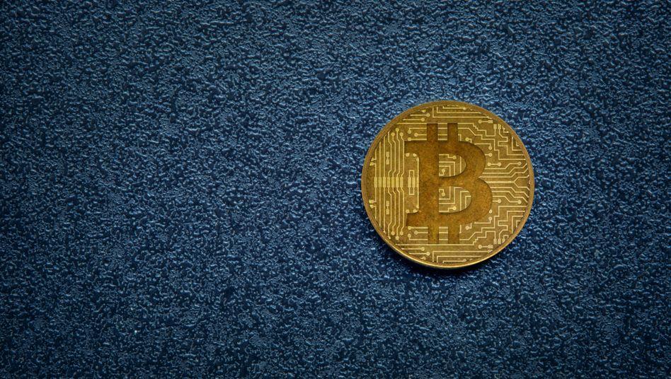 Begehrt: Für eine Einheit Kryptowährung Bitcoin zahlen Anleger in diesen Tagen so viel wie nie zuvor.