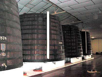 235 Millionen Liter für den Export: Die größten genutzten Weinfässer der Welt