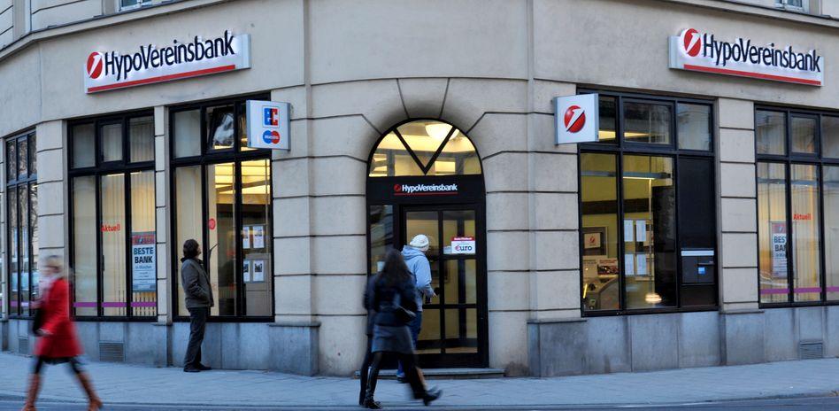 Filiale der HypoVereinsbank: Der Aktienhandel und der Research-Bereich sollen ganz geschlossen werden