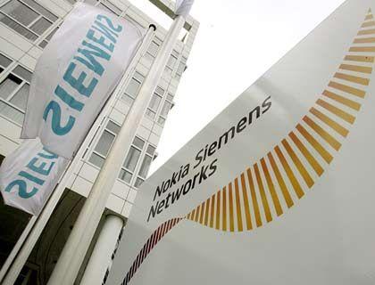 Nokia Siemens Networks in München: Arbeitnehmer und Arbeitgeber haben den Abbau von 2290 Stellen beschlossen
