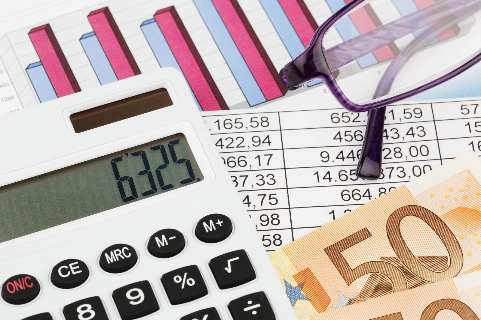 EINMALIGE VERWENDUNG Kassensturz / Bilanz / Geld zählen
