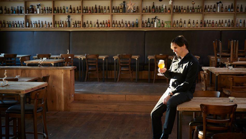 Professor Dr. Bier: Markus Zeller. Erste Karriere: Brauereimanager, zweite Karriere: BWL-Professor und Craft-Bier-Brauer.