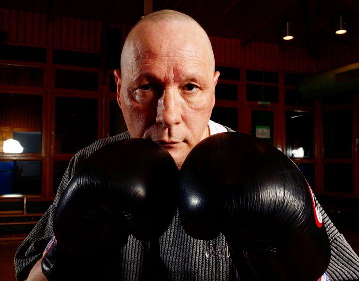Teilte aus, muss jetzt einstecken: Uwe Hück, privat auch Thaiboxer