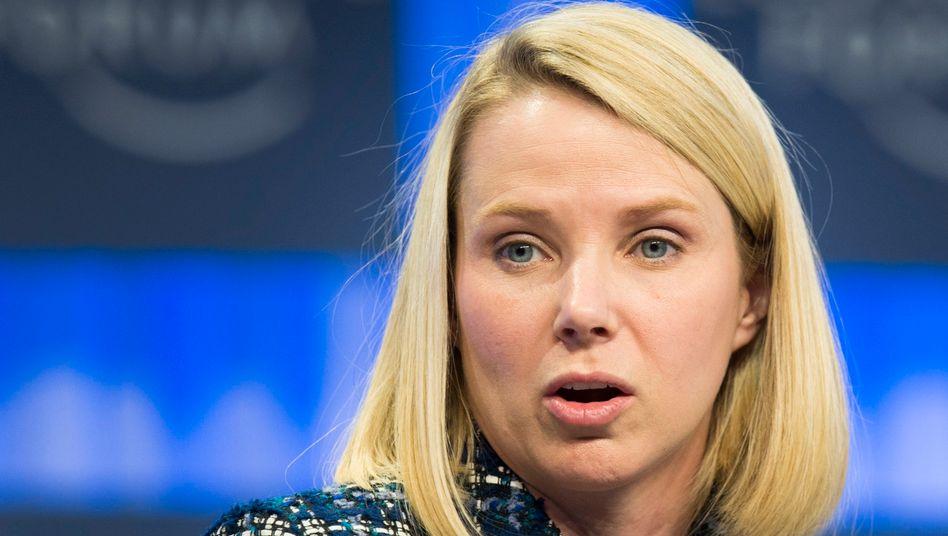 Erstaunte Marissa Mayer: Ihr Nachfolger an der Yahoo-Spitze, Thomas McInerney, erhält gemessen an der Aufgabe ein mehr als fürstliches Gehalt