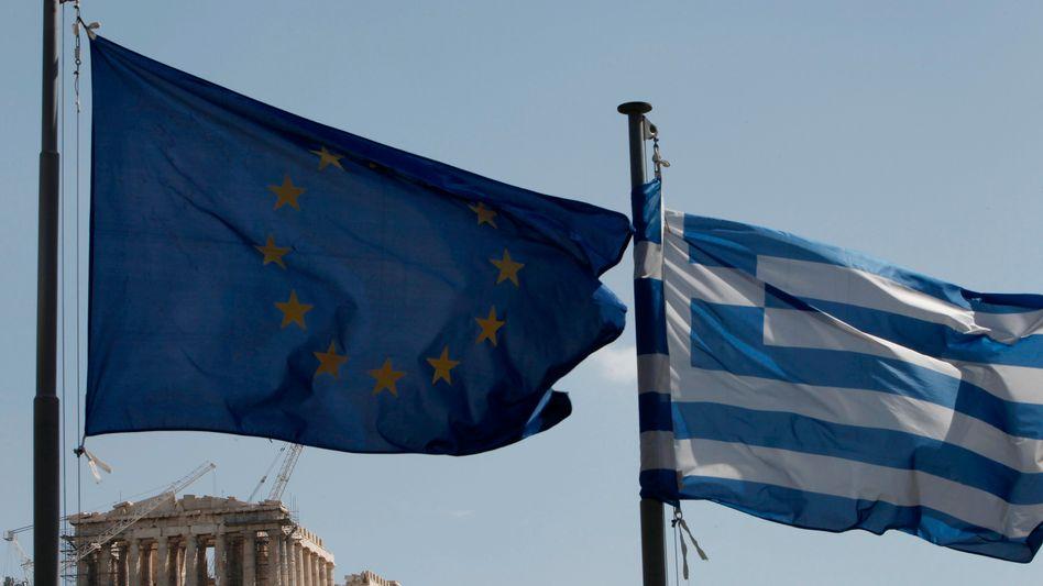 Seit an Seit: Bleibt Griechenland dem Euro treu?