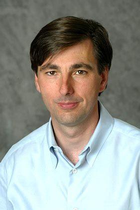 Top-Gehälter im Silicon Valley, Platz 9: Don Mattrick (39), President von Electronic Arts 1,31 Millionen Dollar Gehalt, 15,61 Millionen Dollar Vergütung in Aktien/Optionen