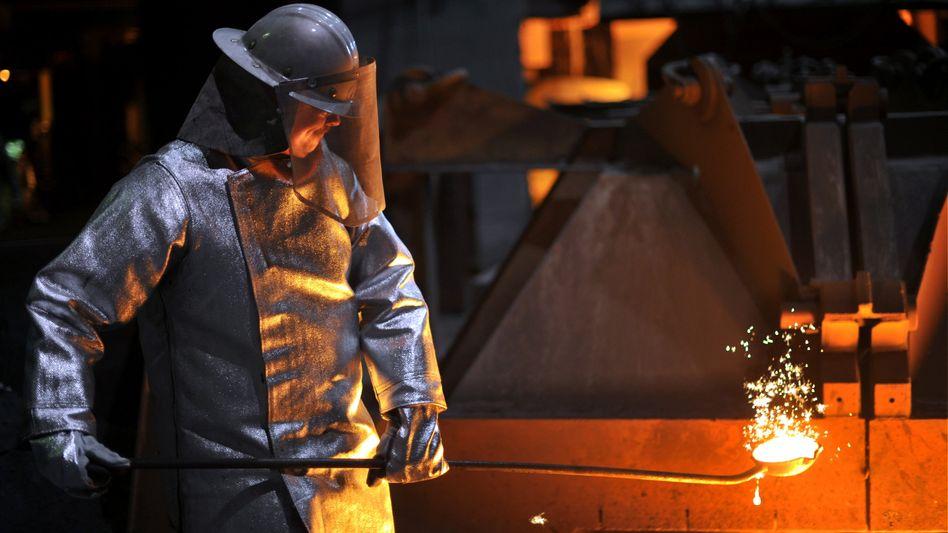 Metallindustrie: Die Branche holt den Einbruch des Jahres 2008 wieder auf - bis Ende 2011 könnte das Vorkrisenniveau erreicht sein.