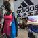 Adidas wächst in China wieder - Quartalsumsatz auf Vorjahresniveau