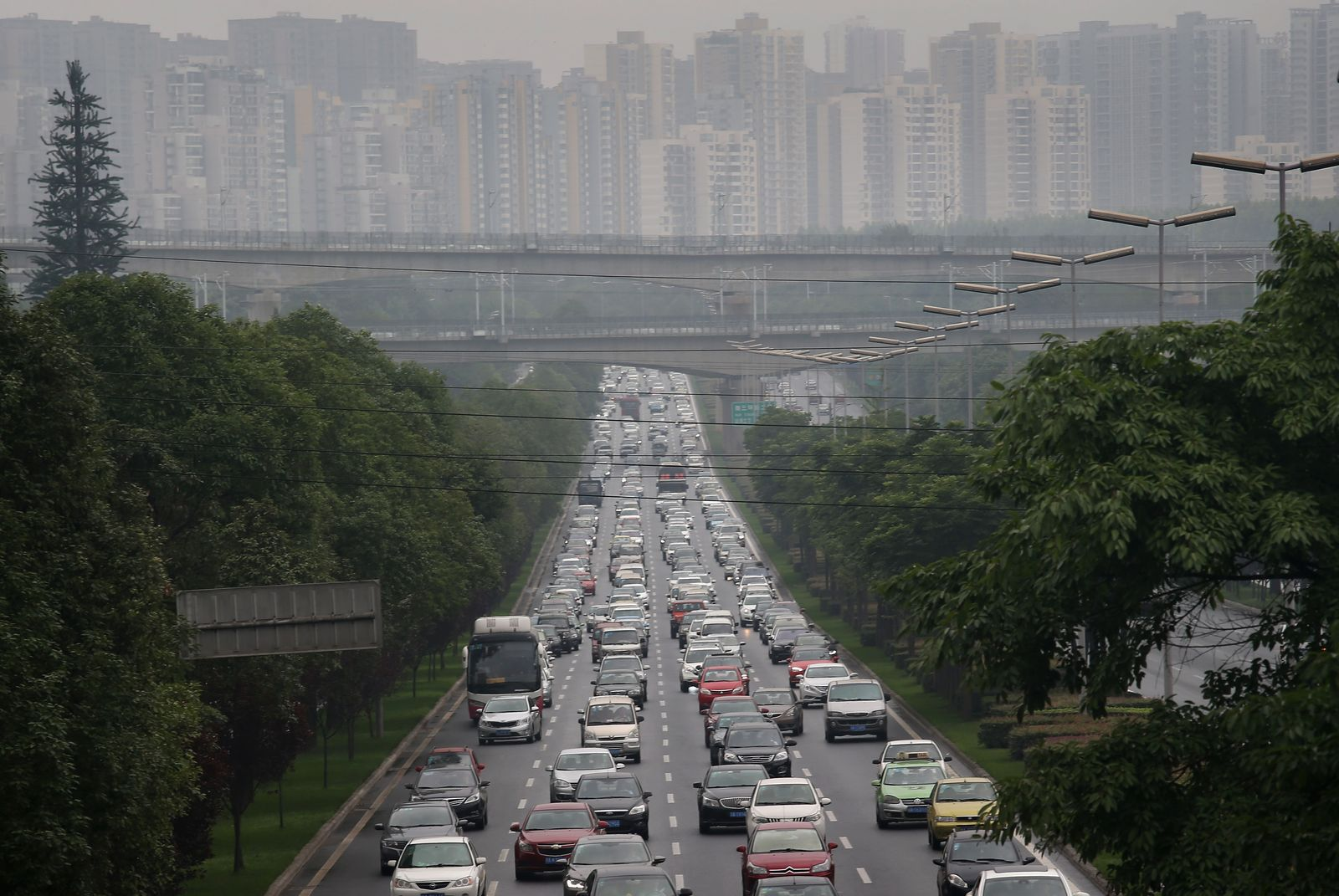 Chengdu / Smog / Verkehr