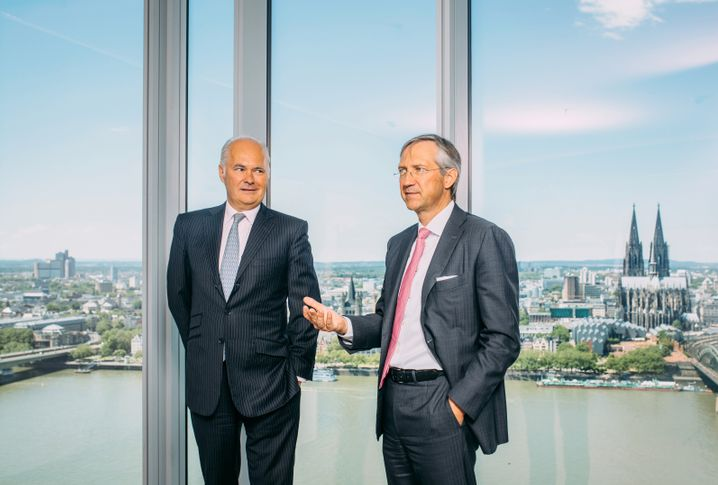 Unersetzlich: Die Fondsaufleger Kurt von Storch (l.) und Bert Flossbach (beide 59)