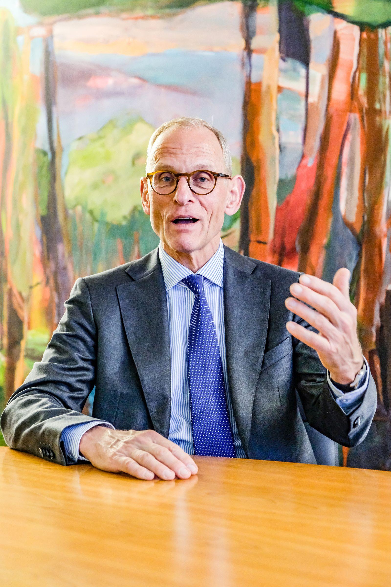 EINMALIGE VERWENDUNG Dr. Peter Diesch