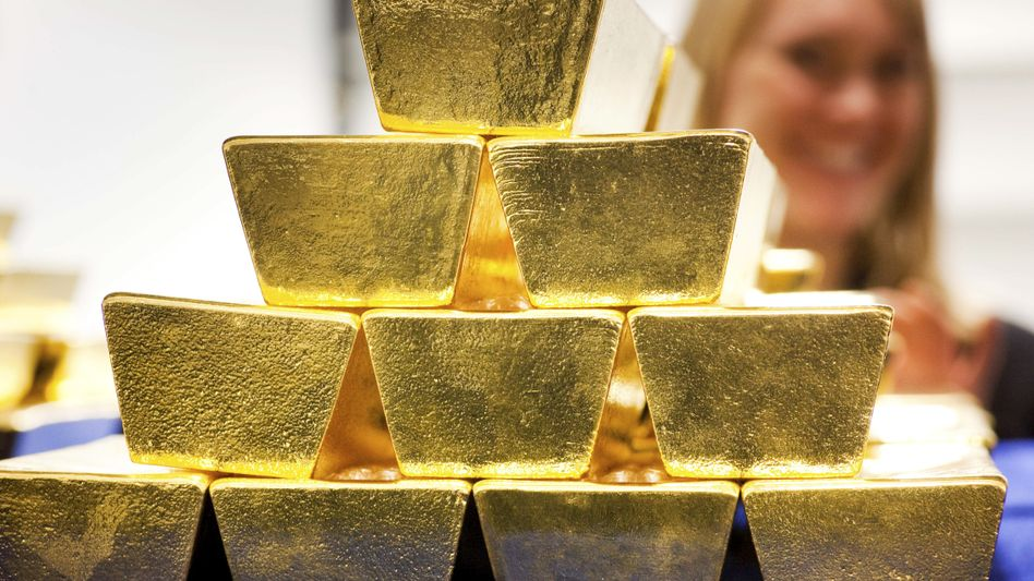 Goldbarren im Tresor der Deutschen Börse AG in Frankfurt am Main (Archivbild)
