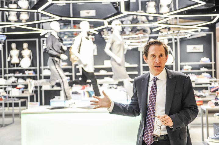 Richard Baker: Der HBC-Investor und Executive Chairman ist mit seinem Konzept für Kaufhof gescheitert - kassiert aber trotzdem Millionen