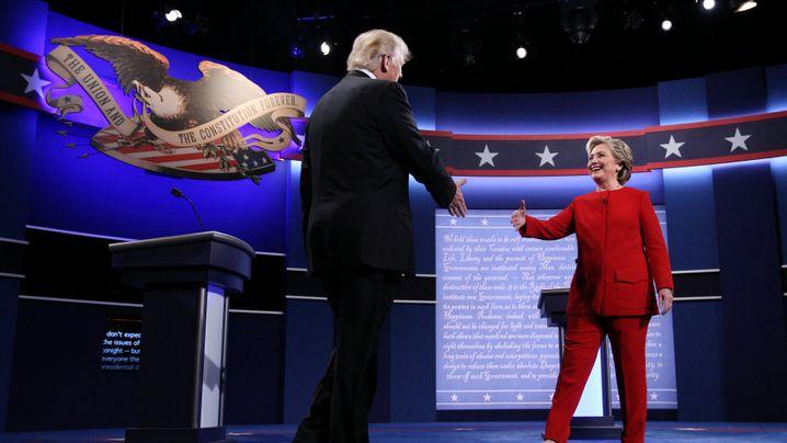 Trump gegen Clinton: Die Bilder zum dramatischen TV-Duell