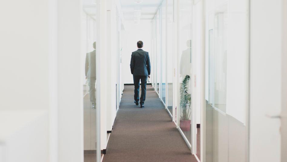 Verfrühter Abgang: Deutsche Konzerne zahlen Vorständen immer häufiger hohe Summen, um sie vorzeitig zu entlassen