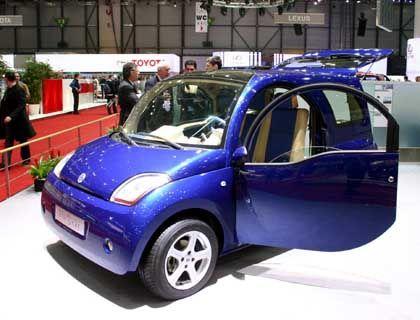 Kleinstfahrzeug aus Frankreich: Das BluEcar von BollorÈ speichert die Energie in Lithium-Metall-Hybrid-Batterien