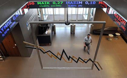 Sorgen an der Athener Börse: Gibt es eine Umschuldung, wie reagiert die Bevölkerung, wie steht es um die griechischen Banken?