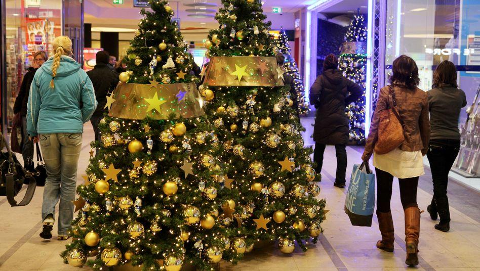 Kaufhaus in Hamburg: Spendable Verbraucher vor Weihnachten