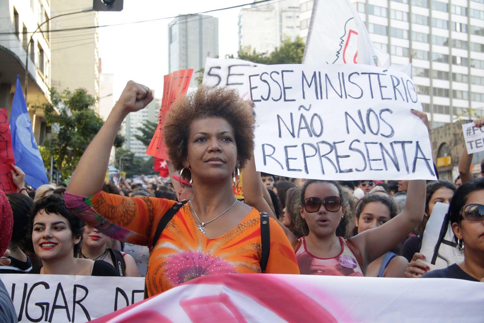 Thousands demonstrate against interim President Michel Temer