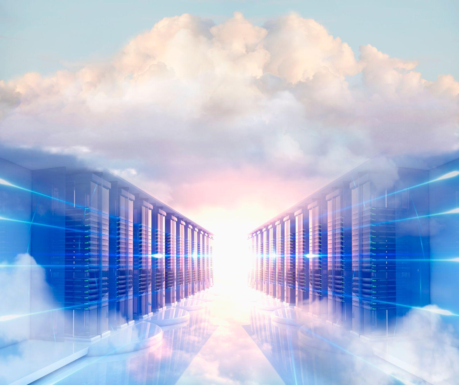NICHT MEHR VERWENDEN! - Clouds in server room